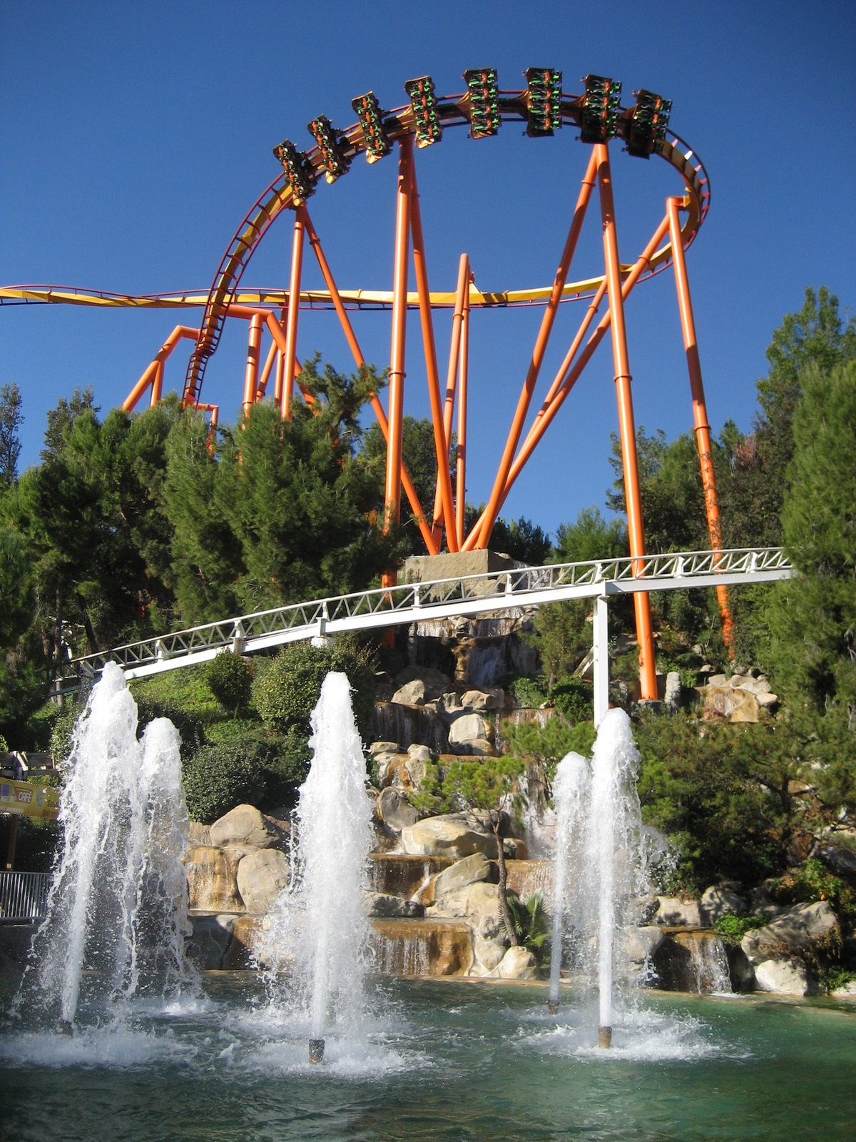 Six Flags Magic Mountain, Santa Clarita
