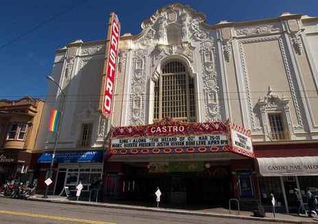 旧金山 LGBTQ 游行之旅