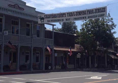 Feira do Condado de Calaveras & Frog Jump Jubilee (Calaveras County Fair & Frog Jump Jubilee)
