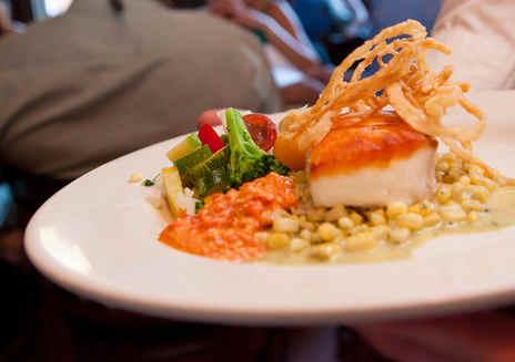 时令海鲜 & 当地特色美食