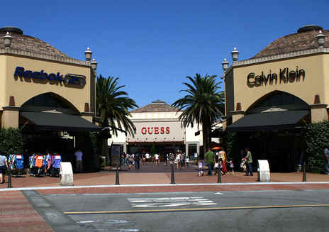 Big-Bargain Outlet Malls