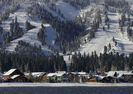 5 motivi sorprendenti per visitare il lago di Big Bear in inverno