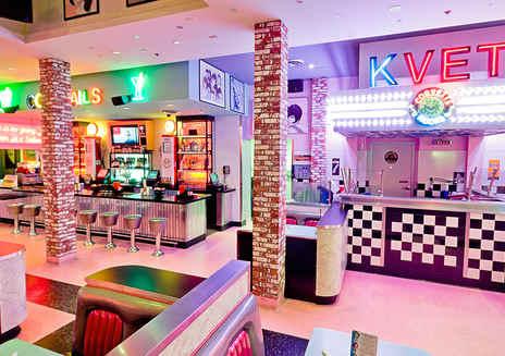 Corvette Diner餐厅