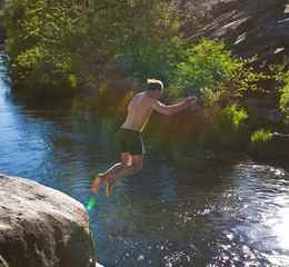 Wildlife Watching in San Luis Obispo County VCW_D_GC_Hero_SierraFoothills_swim_Flippen-sized