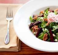 Il ristorante del Majestic Yosemite Hotel  yosemite-dining_specialty-salad_9000_1000x667