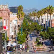다운타운 산타모니카 & 서드 스트리트 프롬나드 (Third Street Promenade)