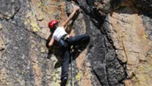 Things to do in Yosemite National Park AlanaClimb_Brokvistxsm