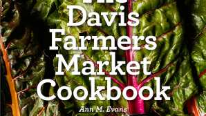 戴维斯 At the Market — Davis Farmers' M_0
