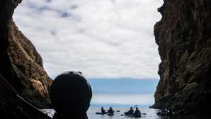 サンタクルーズ島 Channel Islands Kayaking Tours |