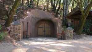 Healdsburg Tasting Rooms Guide to Visiting Wine Caves in