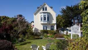 Playas y senderismo Mendocino Bed and Breakfast | He