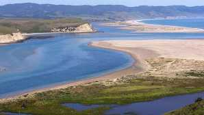 Point Reyes National Seashore 雷斯岬国家海岸  Point Reyes National Seashore (U
