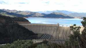 Shasta Lake Shasta Dam - Northern California