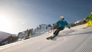 Skifahren und Snowboarden in Kalifornien Squaw Alpine Lift Ticket Prices