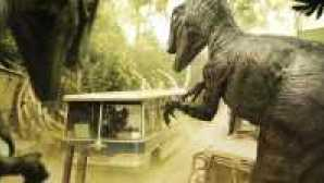 Spotlight: Universal Studios Hollywood Studio_Tour_dinos-961x421