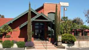 Always In Season: The Vineyard Restaurant & Bar Vineyard Restaurant & Bar