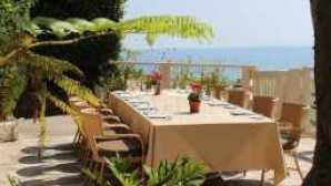 16 Waterfront Restaurants a85700b1-b766-4916-a9a5-a0944bcbc619