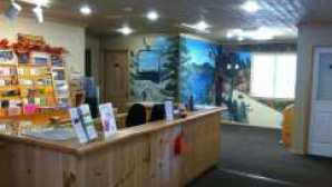 Ski & Board in California bb-visitors-center-desk