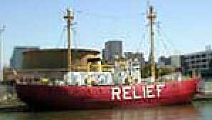 Old Town Oakland lightship_2