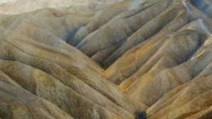 Badwater & Artist's Drive vca_resource_deathvalley_256x180