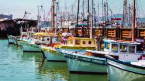 8 Cool California Piers vca_resource_fishermanswharfcrab_256x180