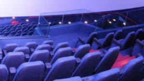 IMAX et spectacles numériques au Musée des sciences Fleet