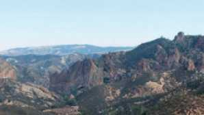 Spotlight: Pinnacles National Park vca_resource_pinnacles_256x180