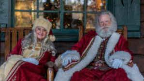 Santa and Mrs. Claus at Skypark