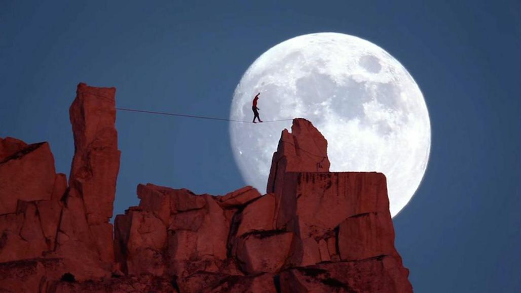 Moonwalk by Reel Water Productions Video_KeyFrameOnly_Curated_Moonwalk