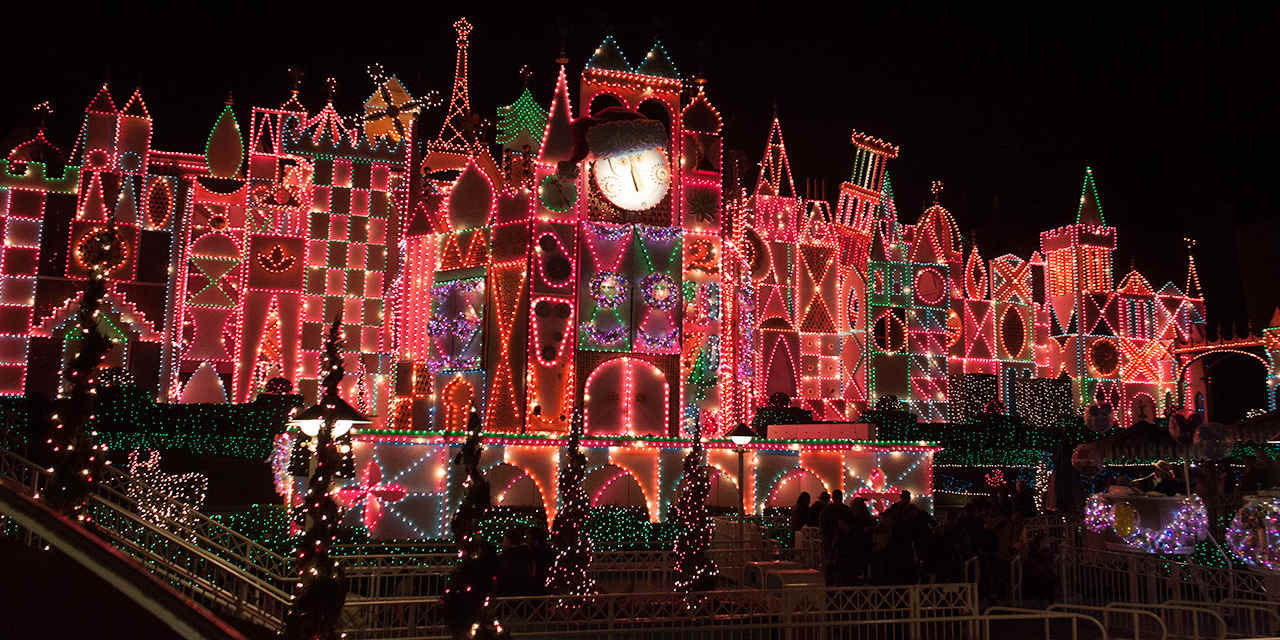 Holidays at the Disneyland Resort