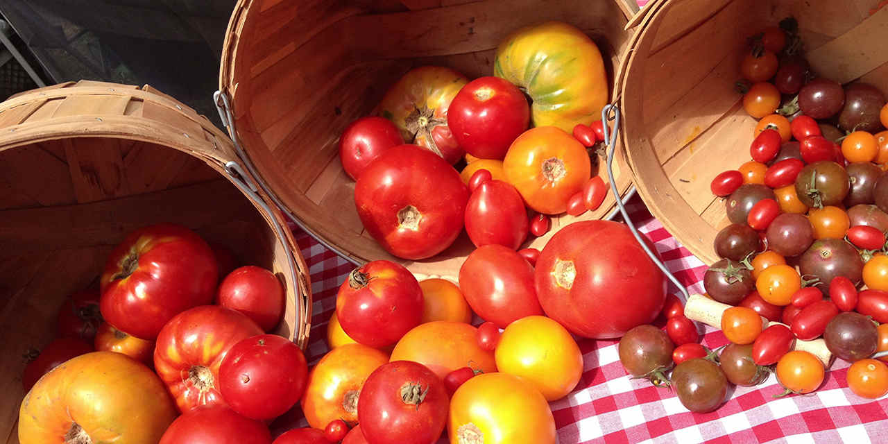 Top Sacramento Restaurants Sac_HeirloomTomatoes_1280x642