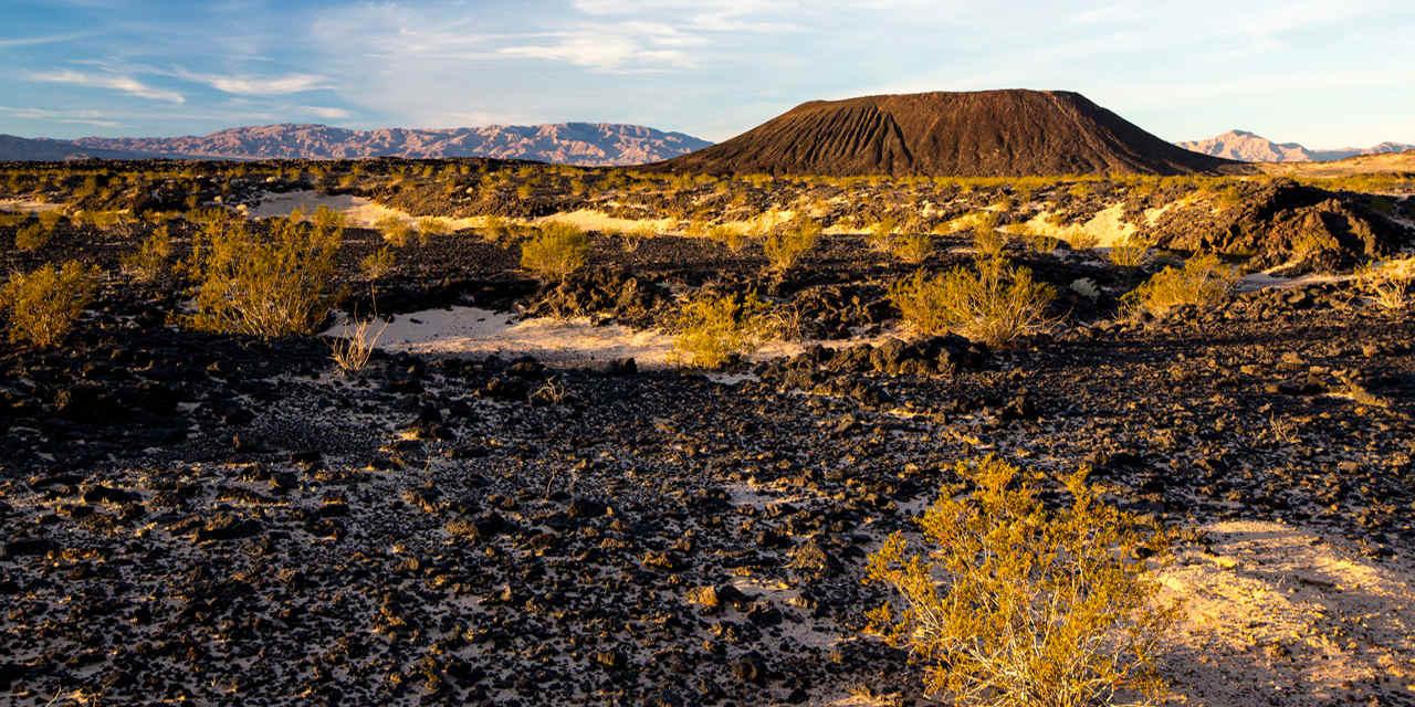 安博伊火山坑
