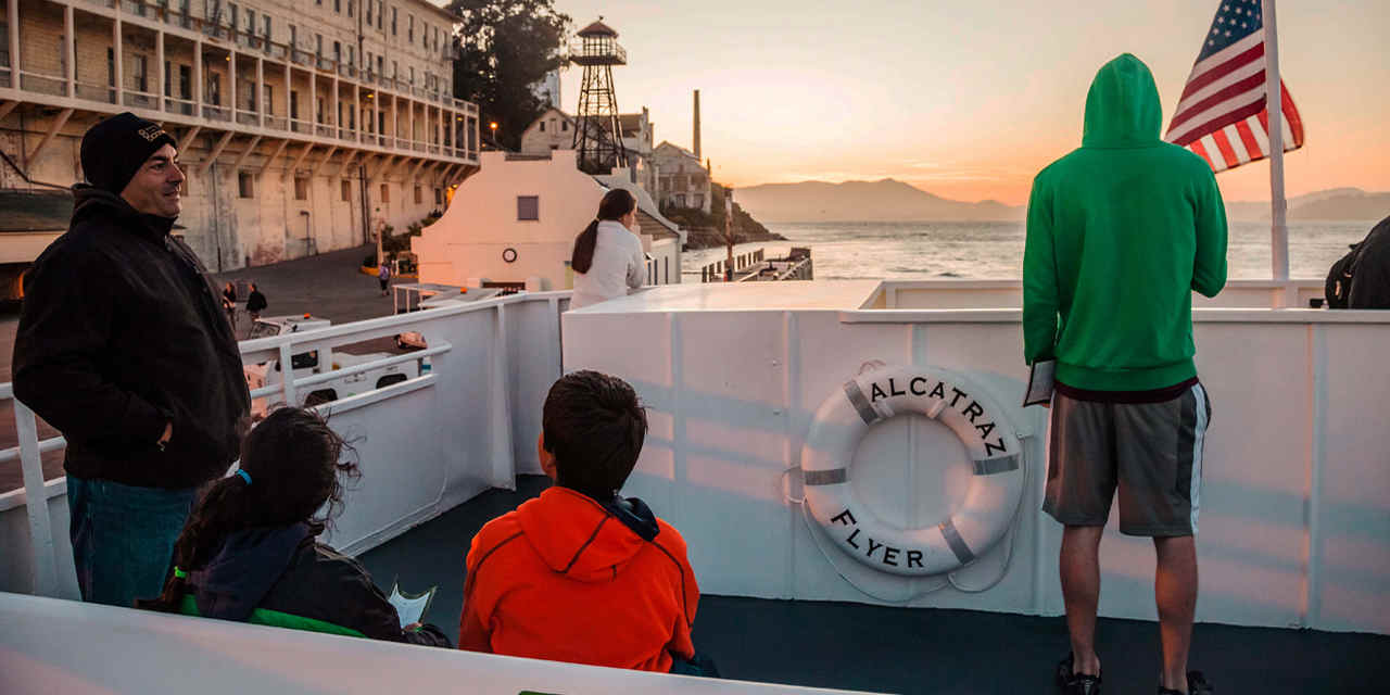 Alcatraz: Tours Noturnos