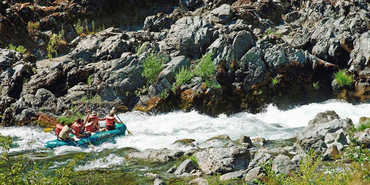 캘리포니아 강 래프팅