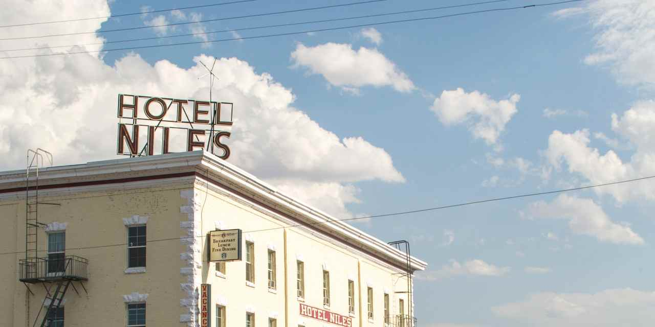 Niles Hotels