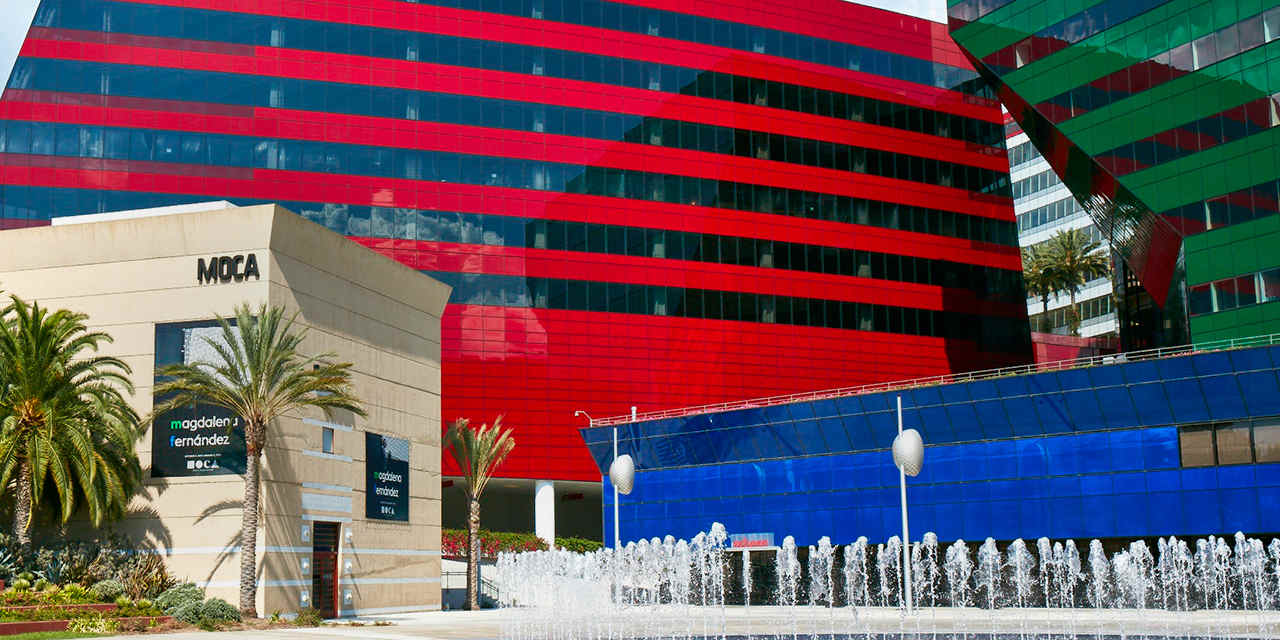 西好莱坞的建筑设计